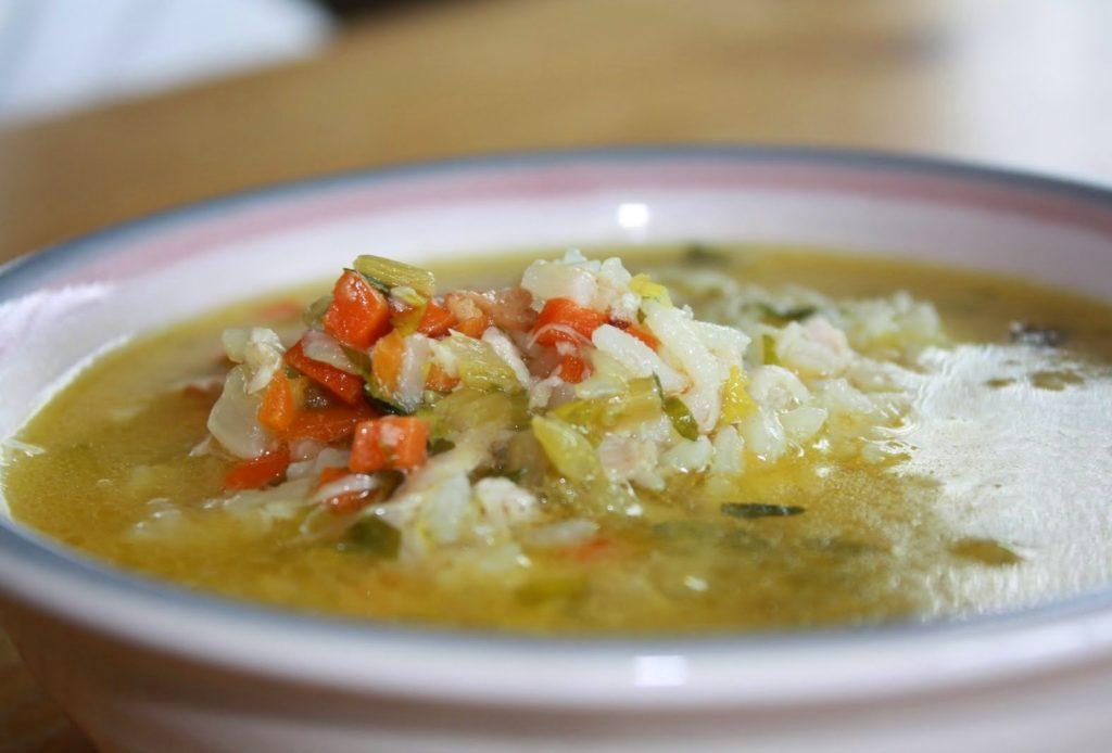 Рисовый суп с курицей с овощами