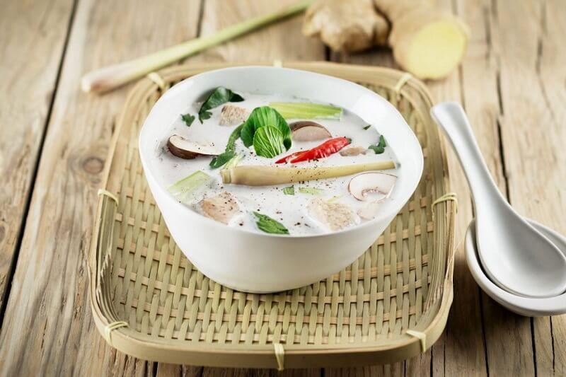 суп с креветками и кокосовым молоком
