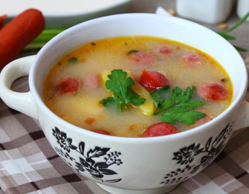 Суп с колбасками