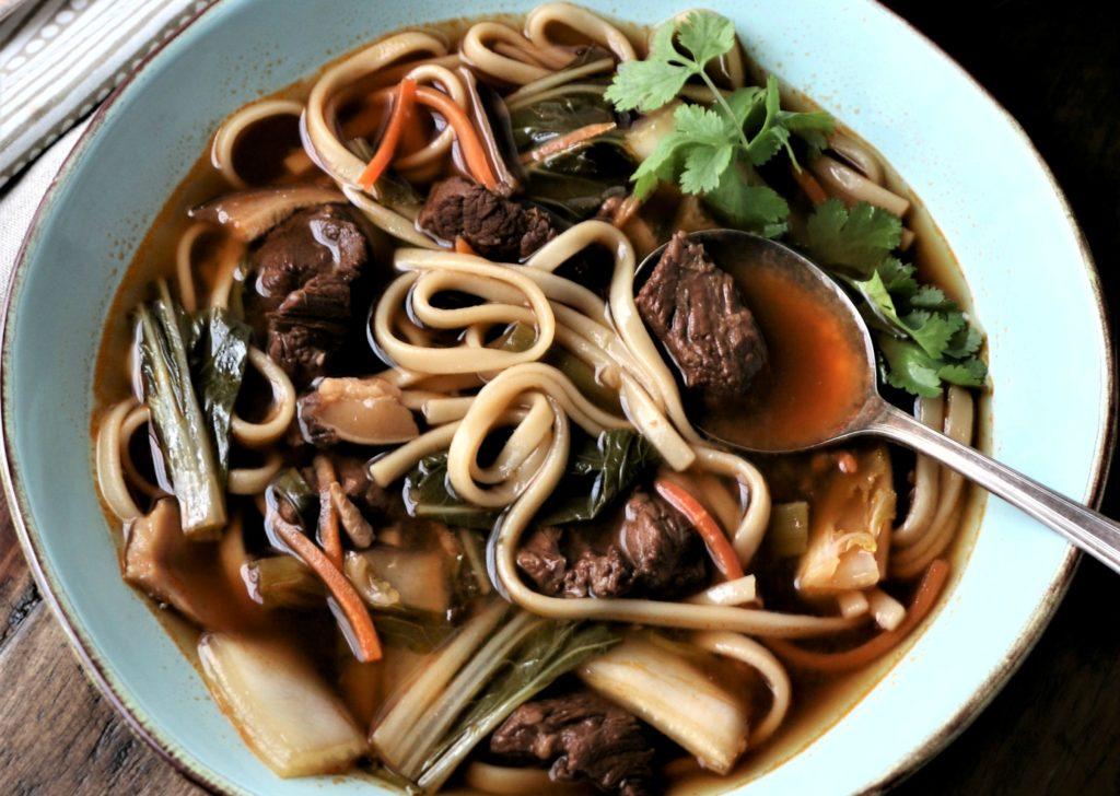 Суп с вермишелью, картошкой и мясом