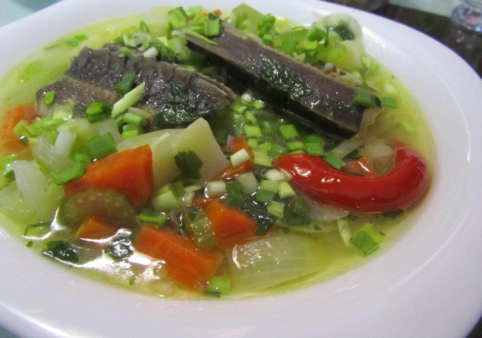 Холодный рыбный суп без картошки