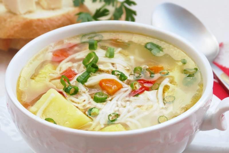Суп с вермишелью и картошкой1